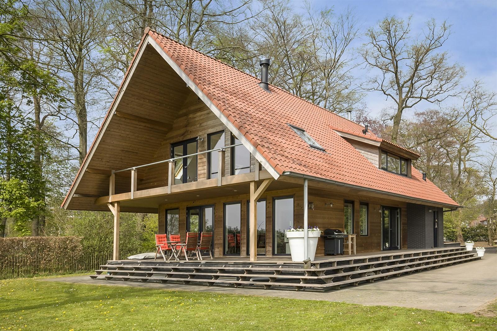 Hsb schuurwoning finnlogs houtbouw bv for Houten huis laten bouwen